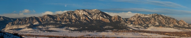 Winter panorama of the Boulder CO front range.